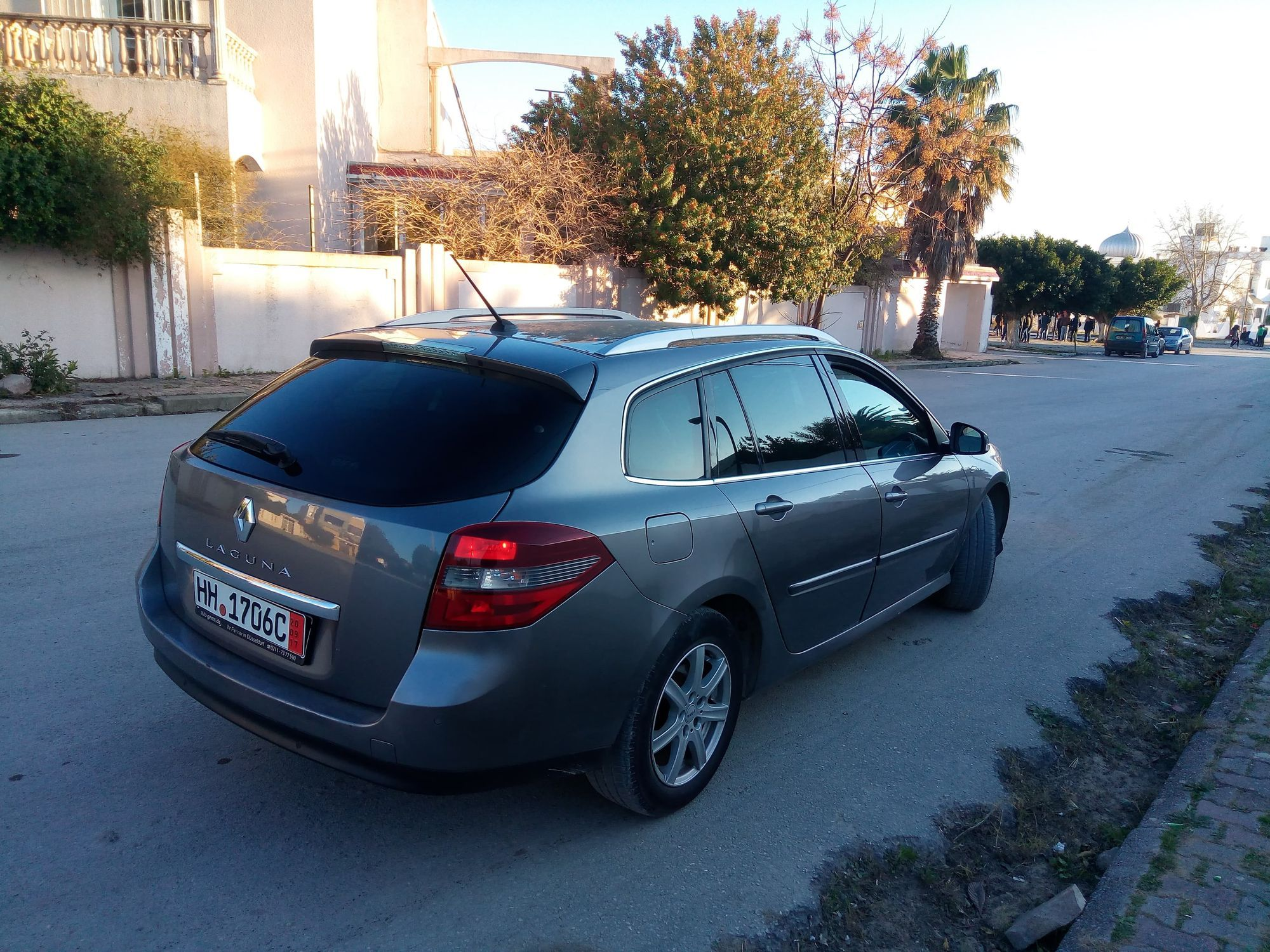 vente voiture occasion tunisie renault laguna estate